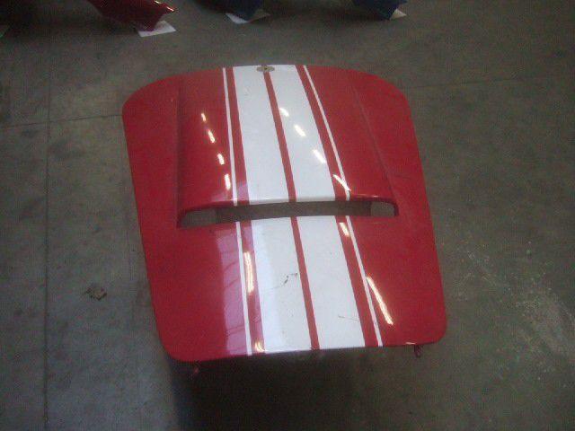 AC COBRA BONNET RED/WHITE