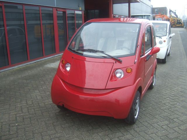 TARGET EV05 ELECTRIC MICROCAR 3KW EEC-L6E RED
